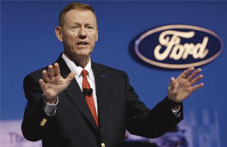 Mulally anuncia oficialmente que se queda en Ford, nada de Microsoft
