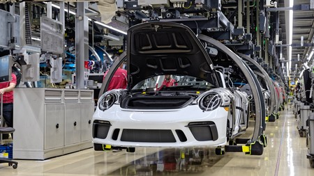 El último Porsche 911 generación 991 será subastado para ayudar a combatir al COVID19