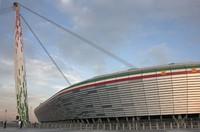 Time lapse de la construcción del Juventus Stadium, escenario de la final de la UEFA Europa League