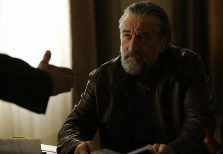 Robert de Niro junto a Robert Pattinson en lo nuevo de Olivier Assayas