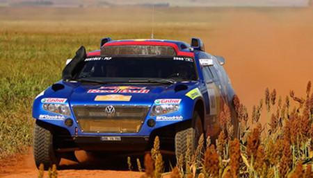 Etapa y victoria para Giniel De Villiers en el Rally Dakar Argentina - Chile