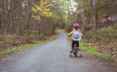En la vuelta al cole, surge la duda entre mochila al hombro o mochila con ruedas: esta es la mejor opción