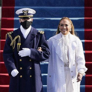 Repasamos los peinados, maquillajes y manicuras de Lady Gaga y Jennifer Lopez en la toma de posesión de Joe Biden