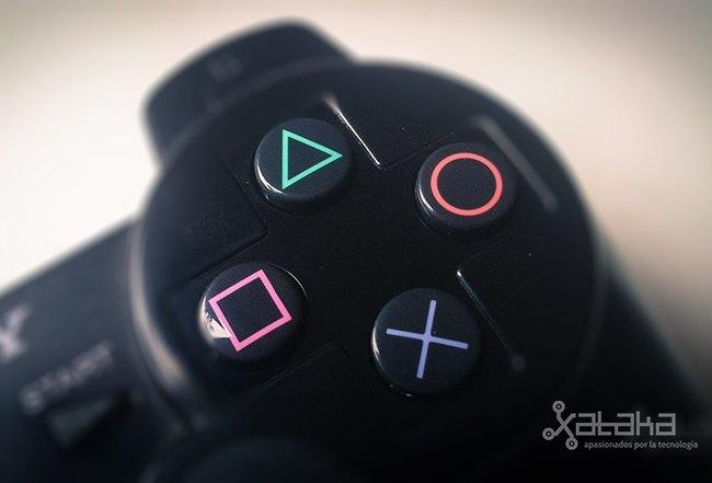Así hemos jugado en Playstation: los mandos y controladores de la historia de Sony