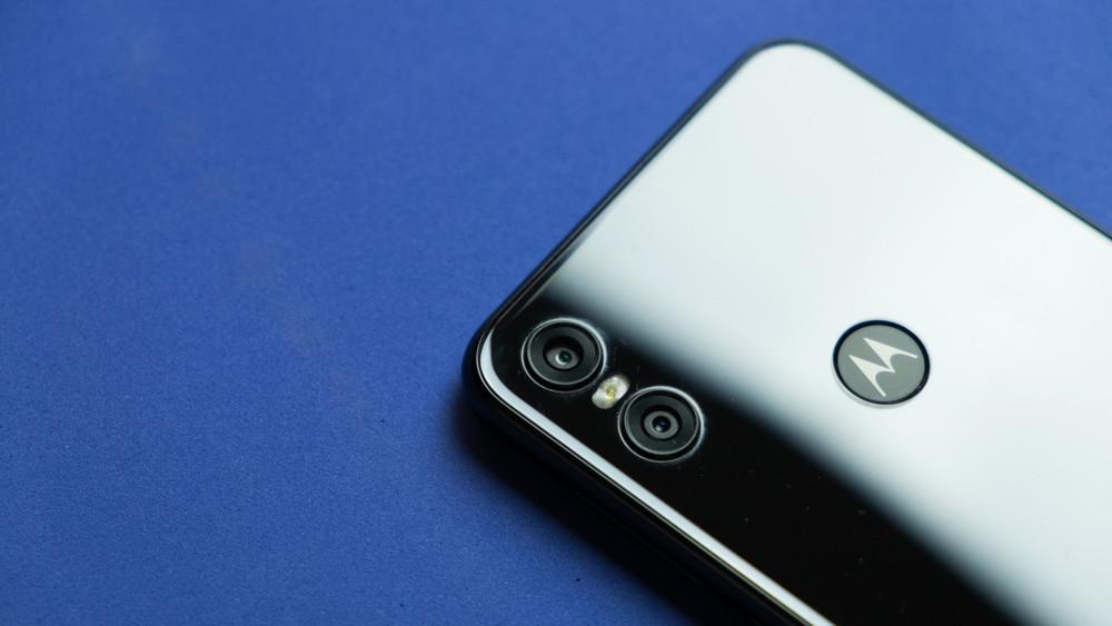 El Motorola® One recibe oficialmente Android-OS 10 One en su última gran actualización