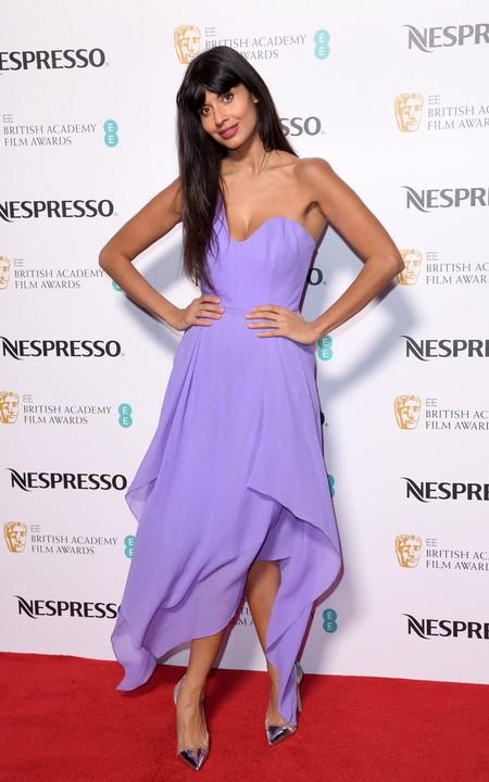 Jameela Jamil en una fiesta de los BAFTA 2018