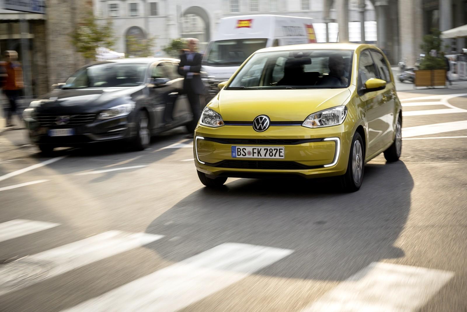 Foto de Volkswagen e-up! 2019 prueba contacto (27/33)