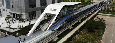China da un golpe en la mesa y pone a funcionar su nuevo tren de levitación magnética ¡a 600 km/h!