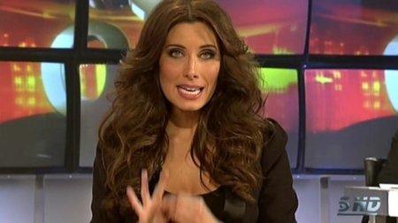 Continúan los estilismos de Pilar Rubio en la gala 2 de OT.....y continúan las críticas