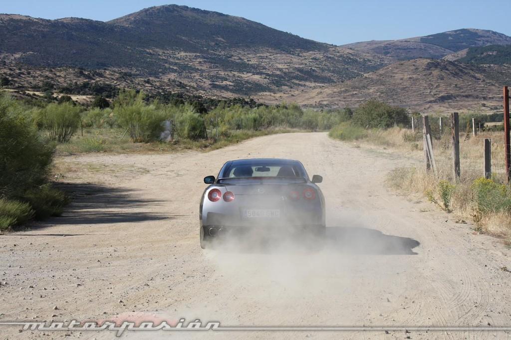 Foto de Nissan GT-R (prueba) (49/49)
