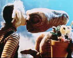 E.T. podría volver a la tierra