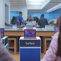 No querrás un iPad en Navidad: Microsoft saca los colores a la tableta de Apple en su nueva campaña publicitaria