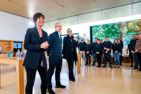 Así han sido los cinco años de Angela Ahrendts en Apple y su posible futuro