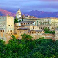 Conoce la Alhambra y el Generalife de la mano de un guía experto, sin prisas y sin colas