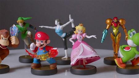 Disfraza a tu Mii como Samus o Fox McCloud con las figuras amiibo y Mario Kart 8