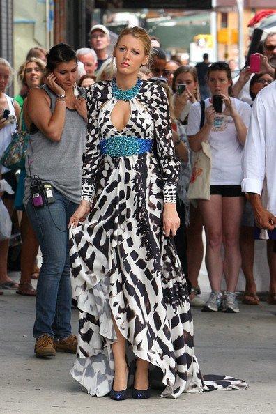 Más estilismos de Gossip Girl: se llevan los vestidos largos