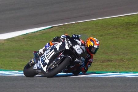 Jorge Martín se rompe la pierna y varios dedos en su primera toma de contacto con la Moto2