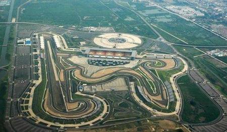 El circo de la Fórmula 1 busca formas de volver a Europa