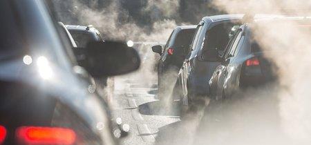 Desde Bruselas al sector del automóvil, críticas a la prohibición de coches diésel y gasolina en 2040