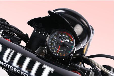 Bullit Hero 250
