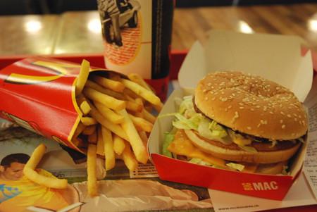 Comer 5 días comida chatarra, ocasiona cambios impresionantes en nuestro metabolismo