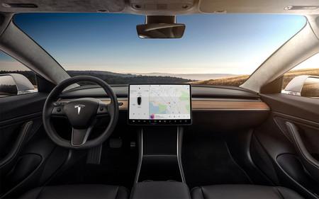 Evolución diseño coches Tesla Model 3 Interior