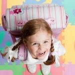 Haz fotos originales del primer día de cole de tu hijo: te damos más de 19 ideas