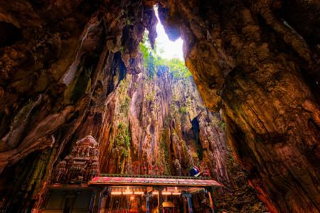 8 lugares de culto que están excavados en la roca
