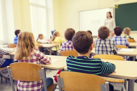 La jornada escolar partida mejora el rendimiento de niños y adolescentes, según aseguran los pediatras