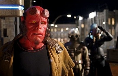 Ron Perlman se apunta a 'The Job'