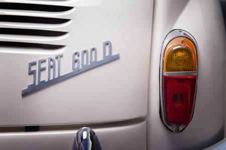 Logo Trasero Seat 600 D