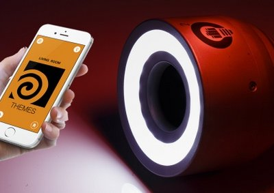 LightFreq Square2 es mucho más que una bombilla LED con WiFi, sistema de sonido e interfono