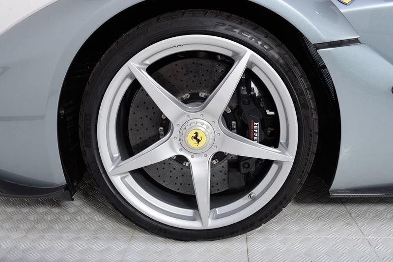Foto de Ferrari LaFerrari (23/38)