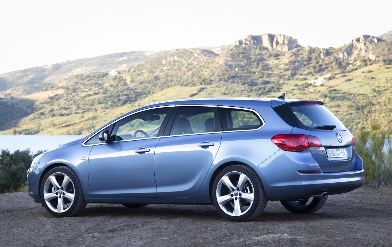 Foto de Opel Astra Sports Tourer (4/15)