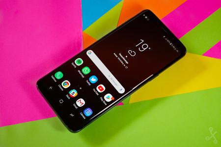 Samsung Galaxy S10 en tres modelos: dos con sensor de huellas en pantalla, pero el tercero lo tendría en el lateral