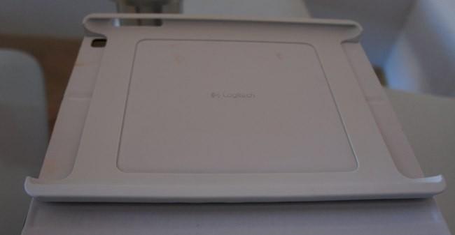 Sujección del iPad al Keyboard Folio
