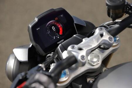 Triumph Speed Triple 1200 Rs 2021 020