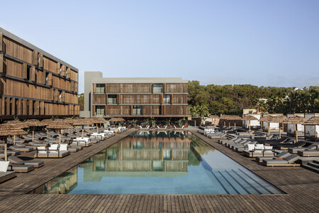 Oku Hotels Ibiza By Georg Roske Hotel Pool 0232 Lowres