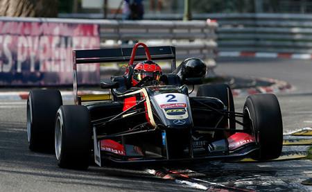Esteban Ocon, Tom Blomqvist y Felix Rosenqvist se reparten la gloria en Pau