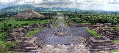 Espectáculo de luz y sonido en Teotihuacan