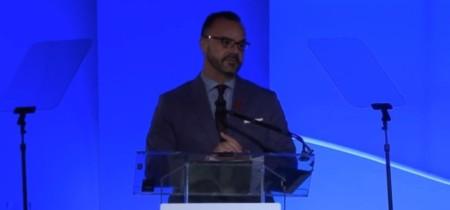 Enrique Atienza, antiguo vicepresidente de las tiendas de Levi Strauss y Disney, entra en Apple Retail