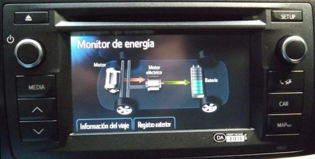 Toyota Auris Touring Sport Hibrido, sistema Touch & Go