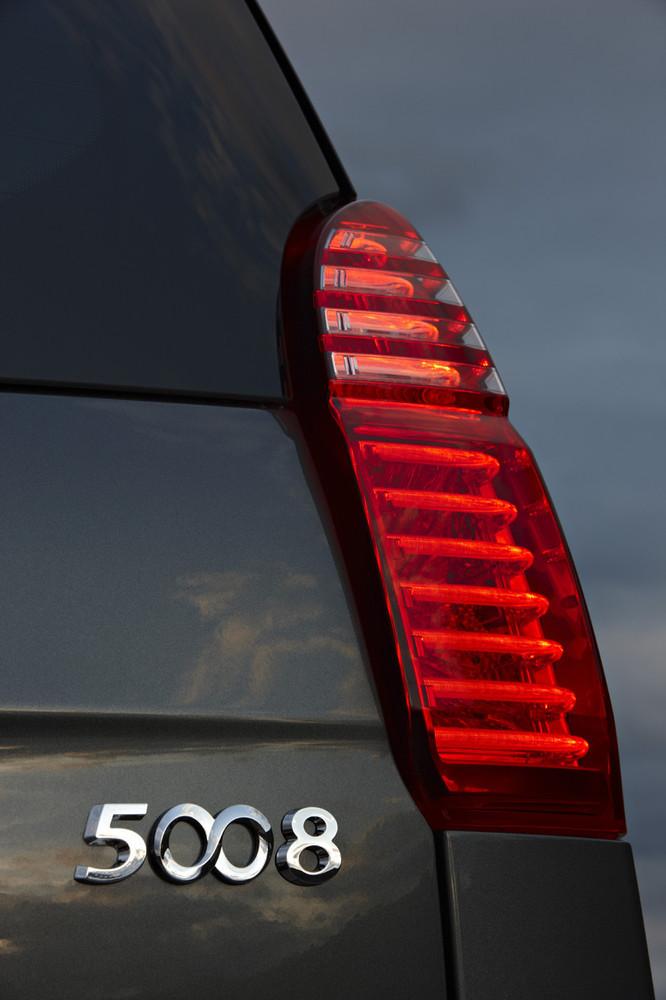 Foto de Peugeot 5008 (21/80)