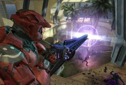 Y el director de Halo, la película, es...