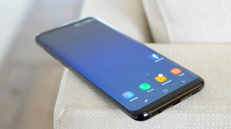 La pantalla del Samsung Galaxy S8 viene configurada por defecto en resolución FullHD+