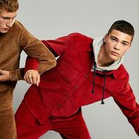 La pana monocolor se convierte en el nuevo uniforme de Pull&Bear para el otoño