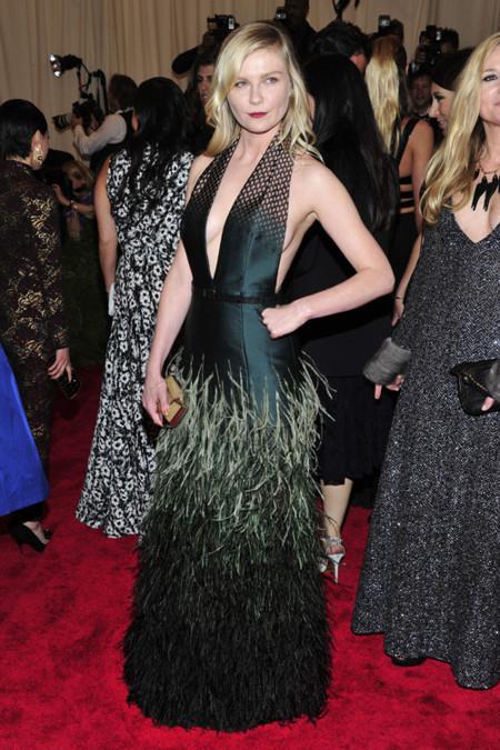 Kirsten Dunst met 2013
