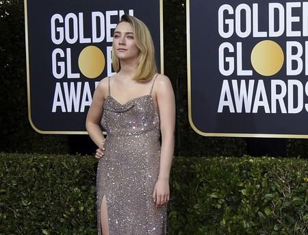 Saoirse Ronan se atreve con un vestido de cota de malla y roba todas las miradas en los Globos de Oro 2020