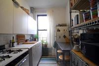 ¿Cómo solucionar un atasco en el fregadero?
