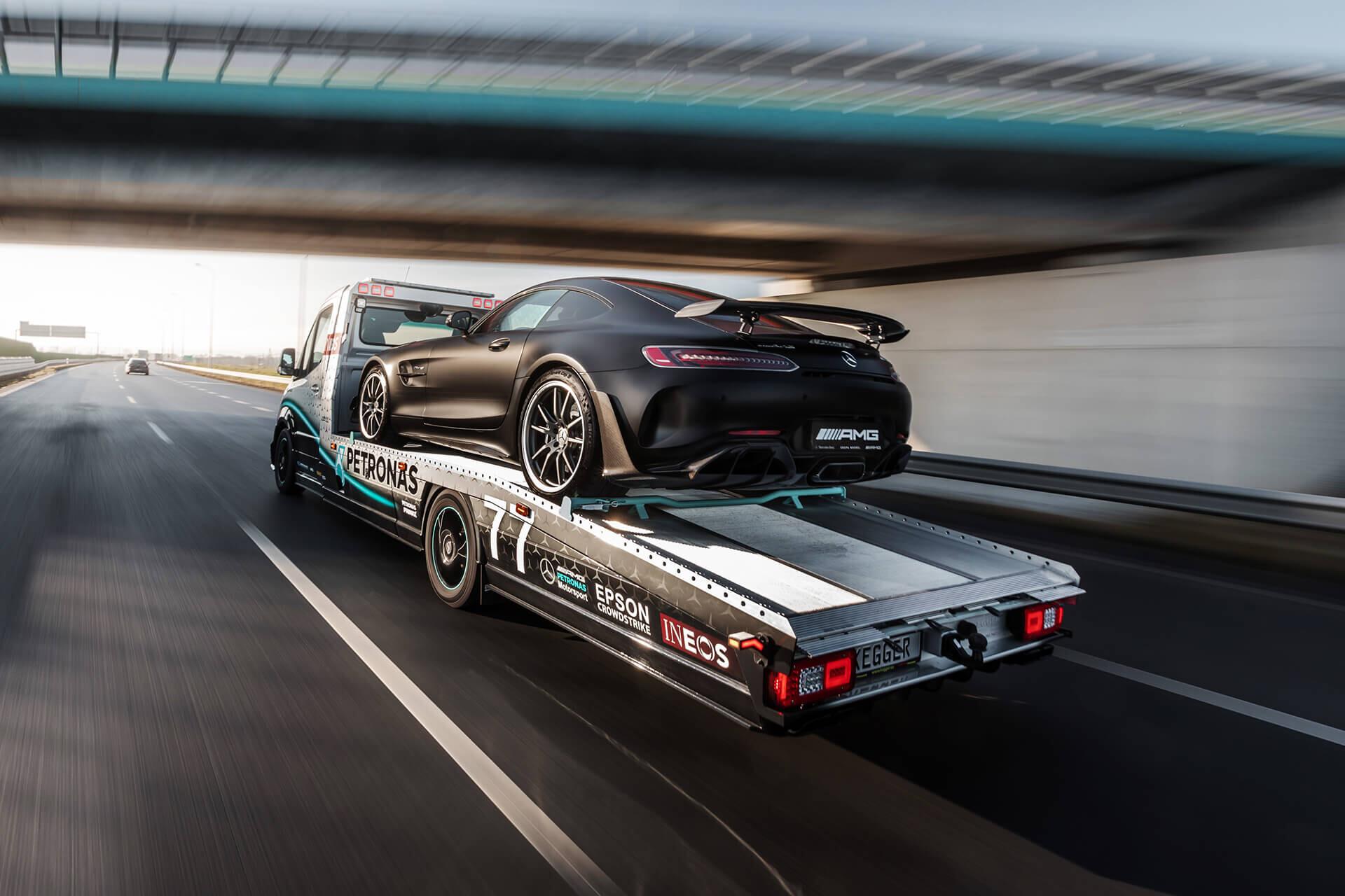 Foto de Mercedes Sprinter Petronas Edition (19/20)